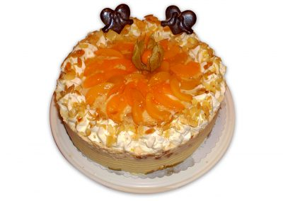 Jogurtová broskyňa torta