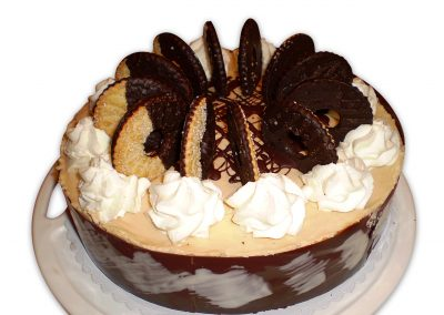 Karamelová panna cotta torta